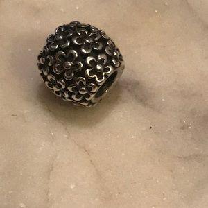 Pandora floral bead